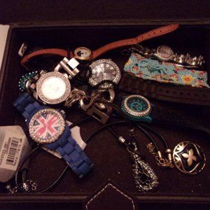 VINTAGE PICTURE JEWELRY BOX AND WATCHES/JEWELRY.